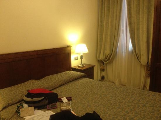 Hotel dell'Opera: habitación cómoda y acogedora