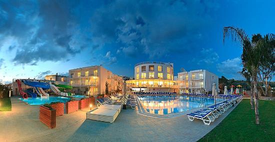 Bodrum Beach Resort: gece