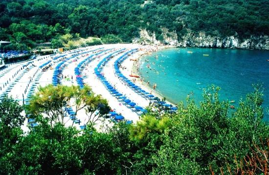 Lacco Ameno, Italia: La baia di San Montano - Luigi Pr.