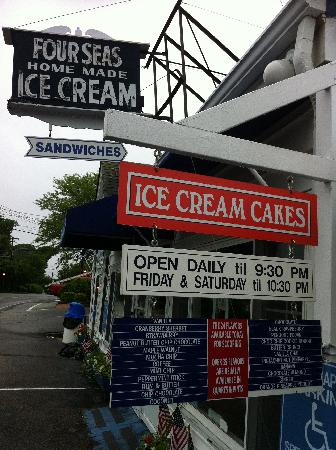Four Seas Ice Cream: Flavours