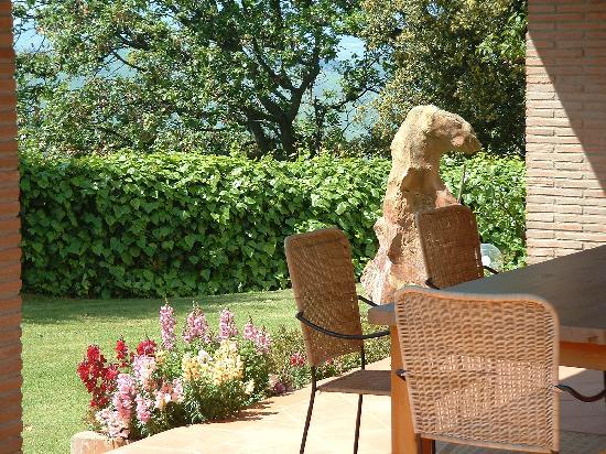Il Casale Del Madonnino: Veranda in giardino apt. Quercia