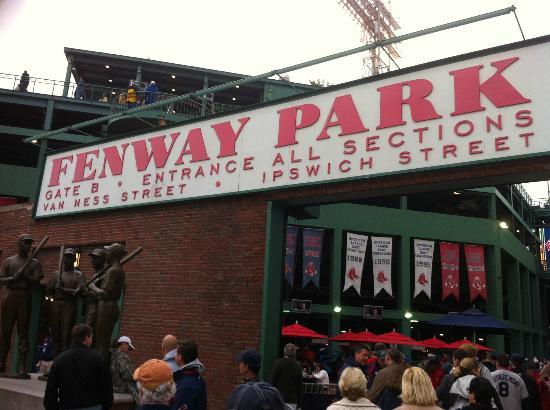 Fenway Park: Gate B Entrance