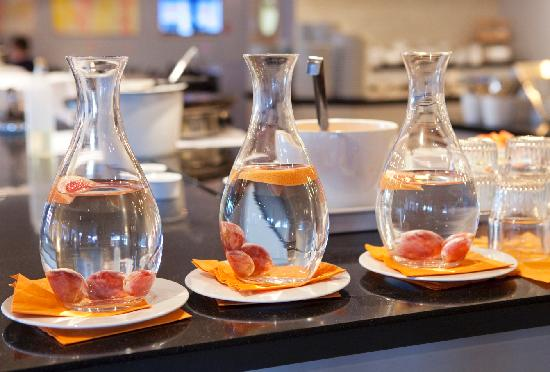 Clarion Hotel Stavanger: Fresh water with added taste
