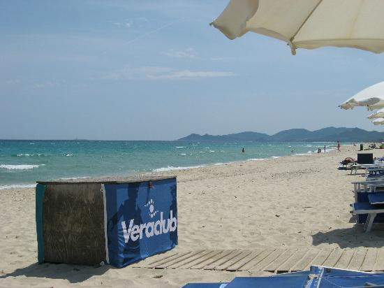 Eos Village: spiaggia