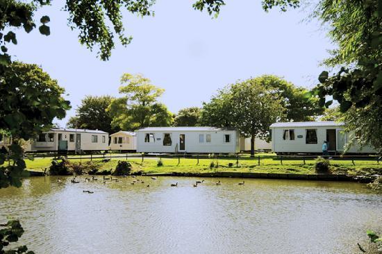 Burnham-On-Sea, UK: By the lake