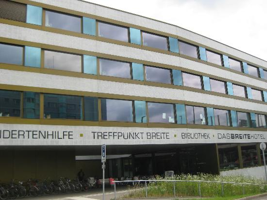 DASBREITEHOTEL : Das Briete Hotel front