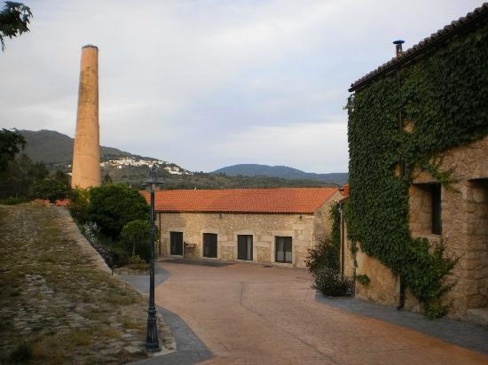 A Velha Fabrica: Buitenzijde