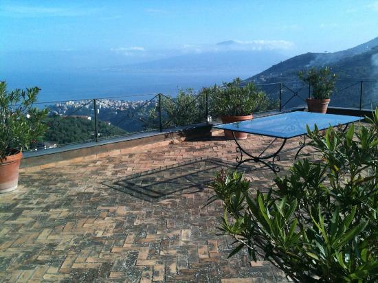 Relais La Torricella: Sun Terrace and views over Vesuvious and Bay of Naples outside our room/suite