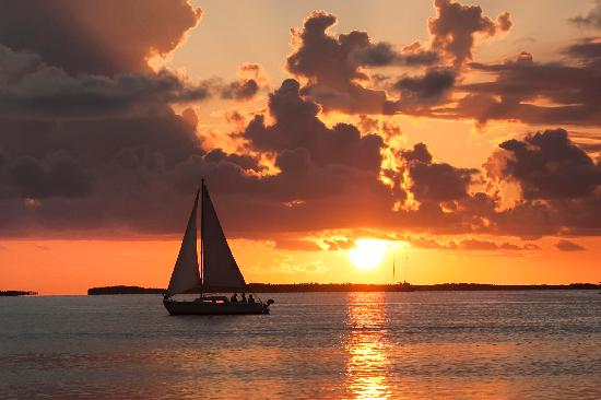 Key Lime Sailing Club and Cottages: Enjoy a great sailing vacation in the Florida Keys