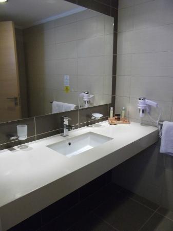 Island Blue Hotel : Our bathroom