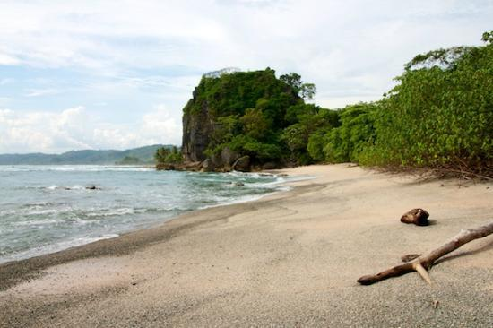 Pachamama Tropical Garden Lodge: Secret beach