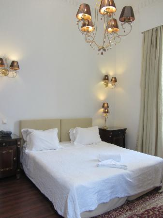 Acropolis Museum Boutique Hotel: Superior Double Room with Old-World Charm