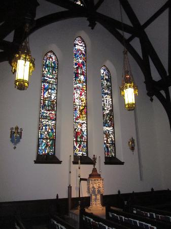 Christ Church Cathedral: Beautiful Windows