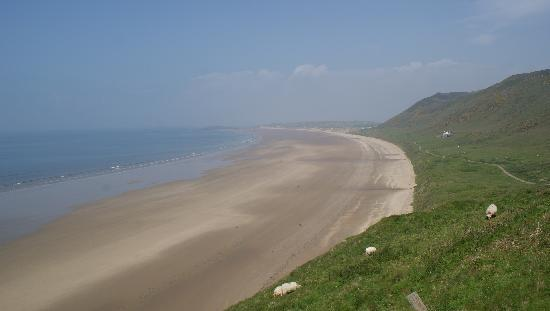 Rhossili Bay: Breathe taking views