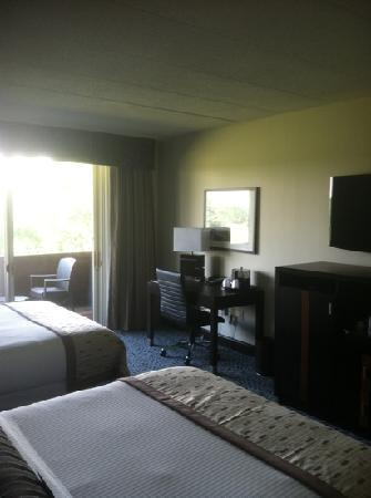 Chubb Hotel & Conference Center: another room photo