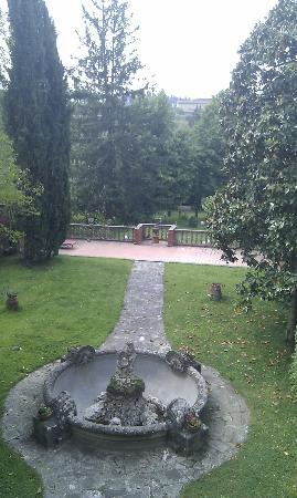 Casa di Mina: view of the gardens