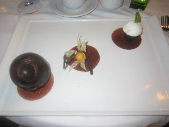 Hilton Dalaman Sarigerme Resort & Spa: Dessert VELA (vasrestaurant)