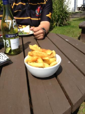 Island of Anglesey, UK: £3.35 for this tiny bowl of chips, which by the way you can't buy seperatly