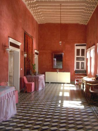Marco Polo Mansion: reception hall