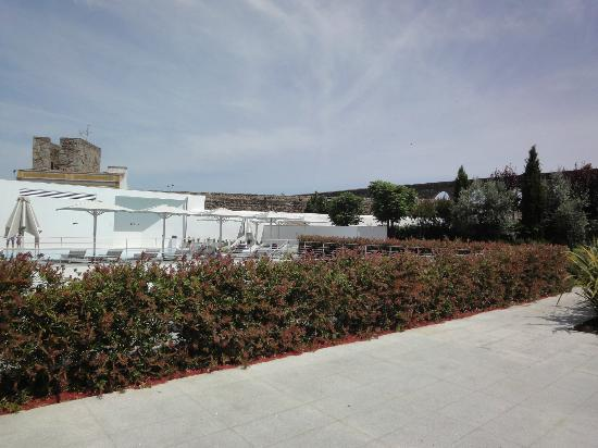 M'Ar De Ar Aqueduto: Garden view