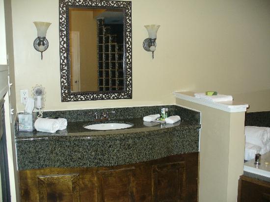 Bathroom Vanities Youngstown Ohio vanity/sink , jacuzzi - picture of belamere suites, perrysburg