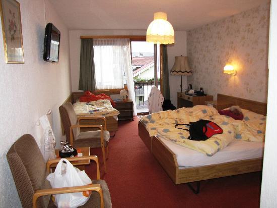 Minotel Toscana: triple room with balcony