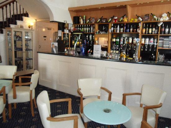 Nethway Hotel: Bar Area