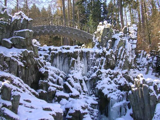Bergpark: Teufelsbrücke im Winter