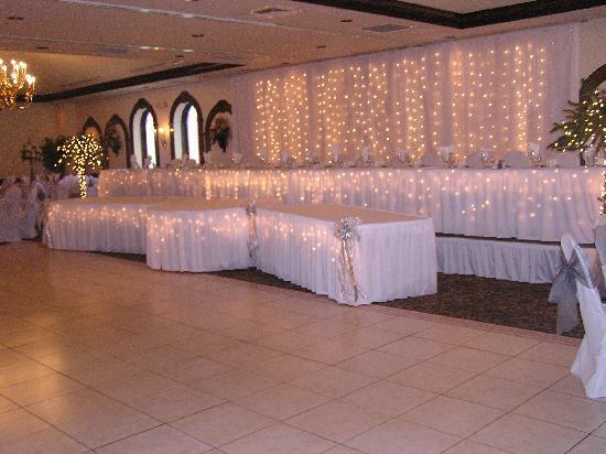 Sams Ristorante Pizzeria Wedding Reception Head Table