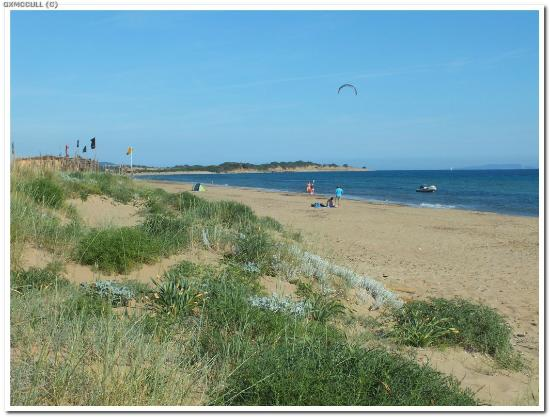 Halikounas Beach: Looking towarsds the Kite Surfing area