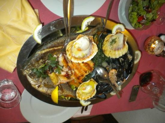 Inn Lea: Fischplatte für zwei Personen