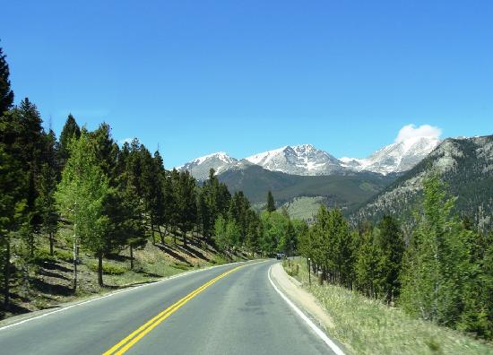 Rocky Mountain National Park, CO: Snow capped Rocky Mountains