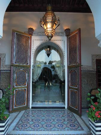 Palais Donab: Doors to the Suite Royale