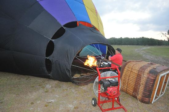 Thompson Aire: Jeff inflating the balloon