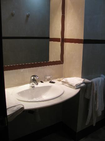 Hotel Rural Miguel Angel: Baño