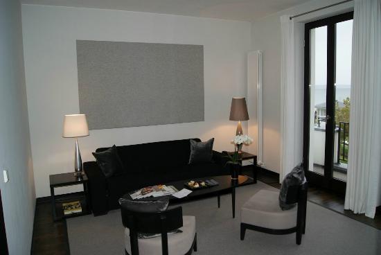 Ceres Hotel: Wohnzimmer der Suite