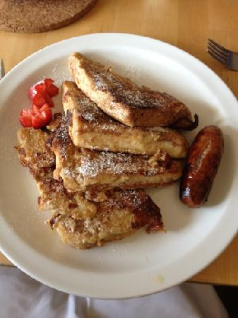 Hayden's: French toast breakfast
