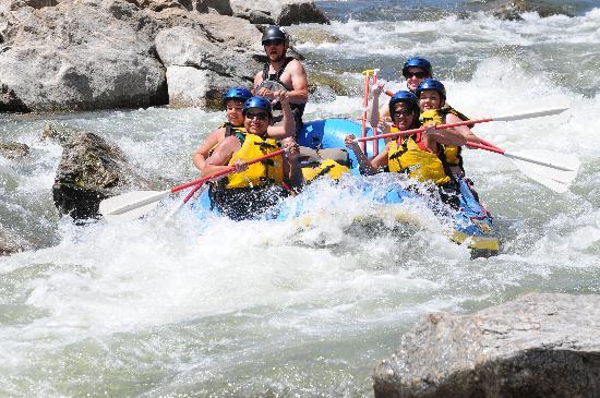 Buffalo Joe's Whitewater Rafting : Wooooohooooo!