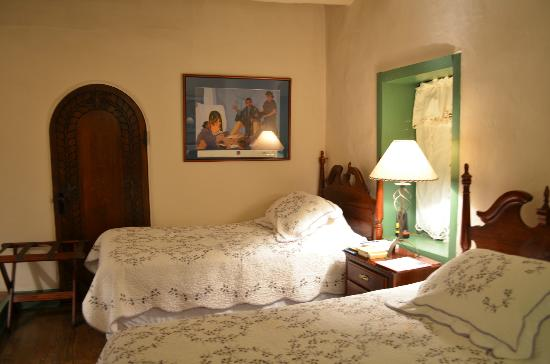 Mabel Dodge Luhan House : The Willa Cather Room.
