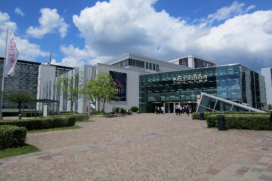 Therme Stuttgart Si Centrum