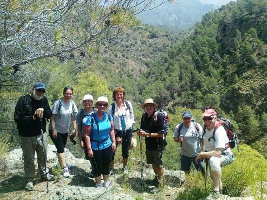 John Keo Walking Tours: Rio Chillar May 2012
