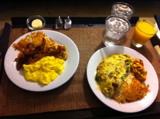 Hyatt Regency DFW: Room service Breakfast
