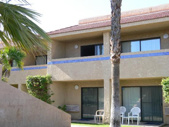 The Garden Vista Hotel Palm Springs: My room top left