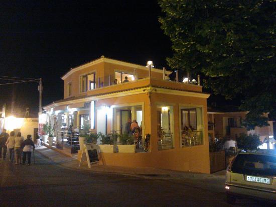 In Cantina: Autre vue du restaurant