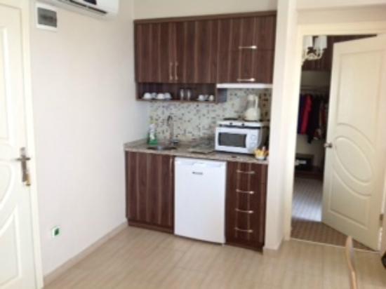 Residence La Vue: Kitchen