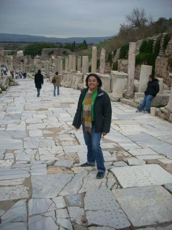 Curetes Street - Bild från Den antika staden Efesos ...