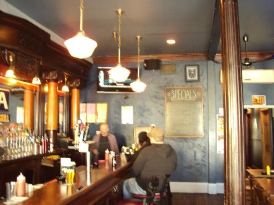 Zola Bar & Grill: Frank at Zola..