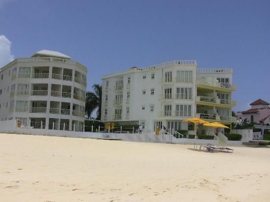 Turtle's Nest Beach Resort: TNBR