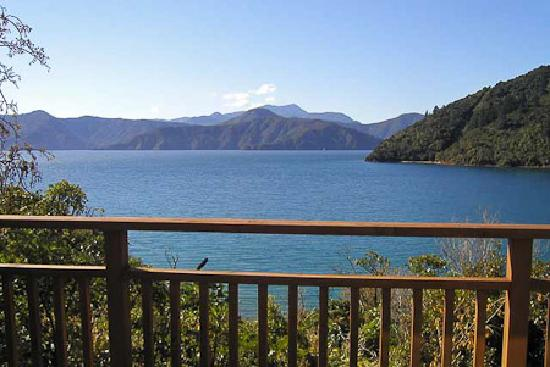 Whatamonga Homestay: View from Homestay over the Marlborough Sounds