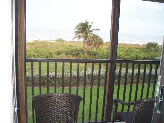 Sanibel Moorings Resort: View from master bedroom